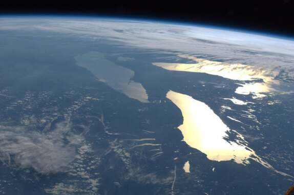 great lakes in sunglint nasa international space station 061412