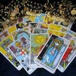 Lectura del tarot con el juego con 13 cartas